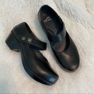 Dansko black Mary Jane clogs shoes Sz 39